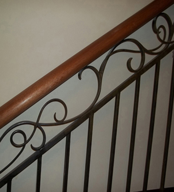 metal curly balustrade